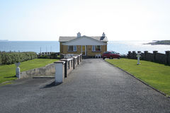 Beachside house. With Atlantic ocean as backdrop. Achill Island Ireland Stock Images