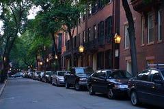 Beacon Hill é uma vizinhança rica de rowhouses do Federal-estilo, com alguns dos valores da propriedade os mais altos no Estados  Imagem de Stock