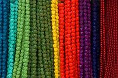 beads färgrika halsband arkivfoto