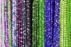 beads färgrika halsband royaltyfria foton