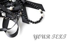 beads härlig halsbandrad Arkivfoto