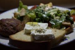 beaf sałatka i feta ser zdjęcie stock
