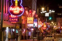 Beale Streetin i stadens centrum Memphis, Tennessee Royaltyfri Fotografi