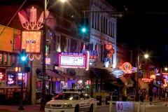 Beale Streetin i stadens centrum Memphis, Tennessee Royaltyfri Bild