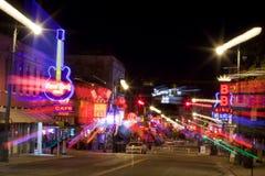 Beale Streetin im Stadtzentrum gelegenes Memphis, Tennessee (Zusammenfassung) Stockfotografie