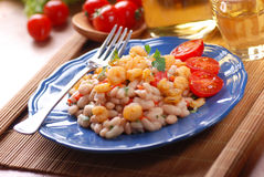 Bean salad and shrimp Royalty Free Stock Photography