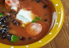 Bean Soup With Cajun Sausage preto imagens de stock