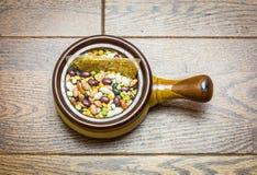 Bean Soup Mix com pacote da especiaria Fotografia de Stock Royalty Free