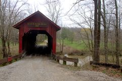 Beanblossom桥梁在帕克县 免版税库存图片