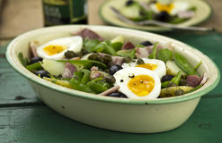 Beans, bacon and egg salad Stock Photography