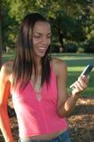 Beantworten des Telefons Lizenzfreies Stockfoto