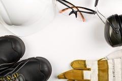 Bearbeiten Sie Sicherheits- und Schutzausrüstung - schützende Schuhe, Sicherheit stockfoto