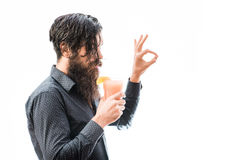 Bearded man with nonalcoholic cocktail Royalty Free Stock Photos