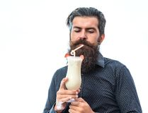 Bearded man with nonalcoholic cocktail Royalty Free Stock Photography
