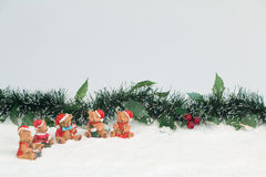 Bears with Mistletoe in Snow Royalty Free Stock Images