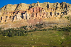 Beartooth Butte i Montana i ottaljuset Royaltyfri Fotografi