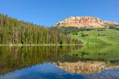 Beartooth Butte mountain and Bear Lake in Yellowstone Park, USA stock photos