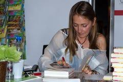 Beata Pawlikowska sulla quarta fiera del libro a Varsavia Fotografia Stock