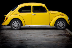 Beatle amarillo Fotografía de archivo