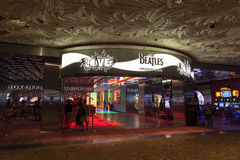 Beatles-Liebesshoweingang am Trugbild in Las Vegas, Nanovolt im August stockbilder