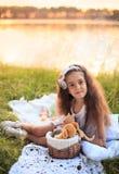 Beatutiful маленькая девочка outdoors Стоковое Фото