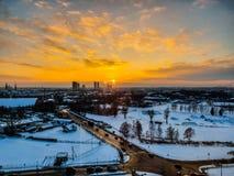 Beaty Riga stadsmorgon royaltyfria foton