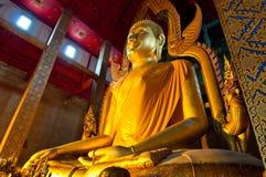 Beau Bouddha d'or chez Wat Tonson Photographie stock