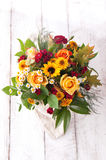 Beau bouquet coloré de ressort ou d'été des fleurs, vacances Photo stock