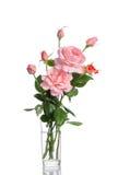 Beau bouquet des roses dans un vase en verre Image stock