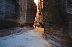 Beau canyon de grès en Jordanie - PETRA Sept merveilles de nouveau monde ont appelé PETRA Fond naturel Endroit de tourisme Photos stock