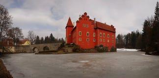 ¡ Lhota d'Äervenà de château image stock
