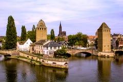 Beau château d'isolement à Strasbourg, vue sur la ville Photo stock