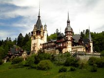 Beau château en Roumanie Image stock