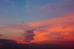 Beau ciel avec des nuages photos libres de droits