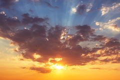 Beau cloudscape, tir de lever de soleil Photographie stock