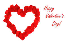 Beau coeur des pétales de rose rouges d'isolement Image stock
