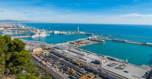 Beau commerce bleu dans les ports industriels de l'Espagne à Barcelone photos libres de droits