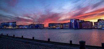 Beau coucher du soleil à Copenhague photographie stock libre de droits