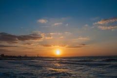 Beau coucher du soleil au Charjah Photo libre de droits