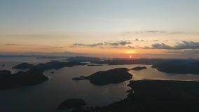 Beau coucher du soleil au-dessus de mer, vue aérienne Île Philippines de Busuanga Photo libre de droits