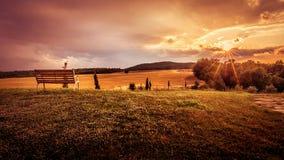 beau coucher du soleil d'horizontal Photo stock