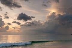 Beau coucher du soleil d'océan photo libre de droits