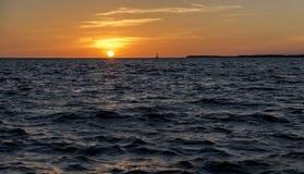 Beau coucher du soleil dans Largo principal, la Floride Images libres de droits