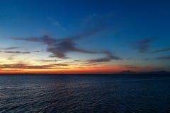 Beau coucher du soleil dans le lac nicaragua Image libre de droits