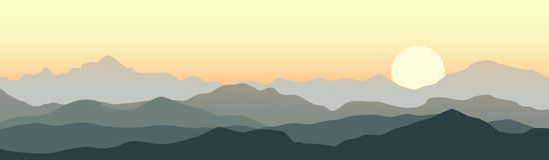 Beau coucher du soleil dans les montagnes illustration stock