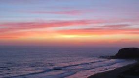 Beau coucher du soleil de l'océan pacifique Image libre de droits