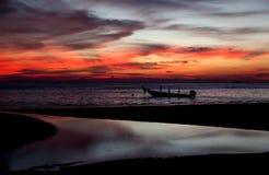 beau coucher du soleil de plage images stock