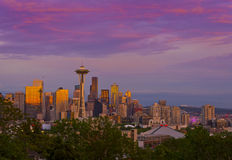 Beau coucher du soleil de Seattle, Washington Images stock