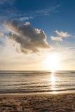 Beau coucher du soleil du Pacifique Images libres de droits