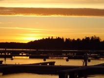 Beau coucher du soleil en Finlande, ici en Scandinavie Photo libre de droits